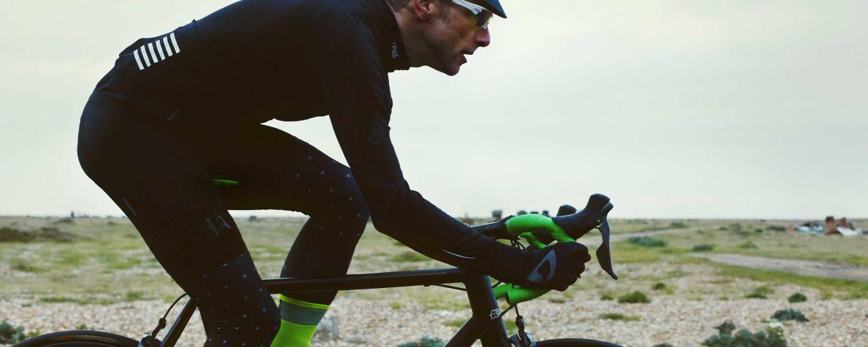 WHITE BLACK Fabric Scoop Elite Flat CroMo Rail Cycling Bike Saddle 142mm Seat